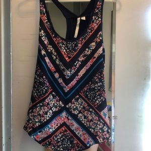 LC floral tank